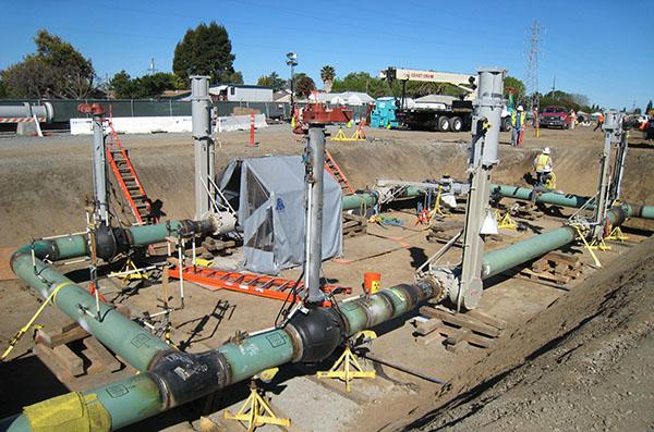 Large natural gas compressor station